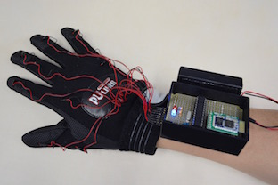 Vibrotactile glove